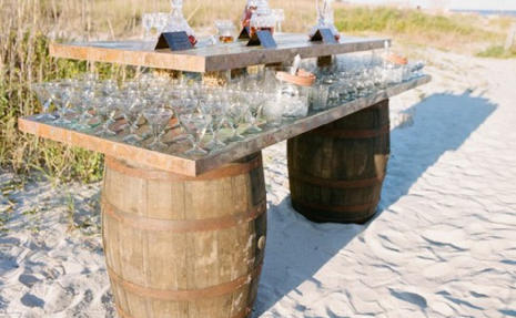 hire a flair barman for a wedding party